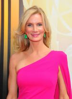 Emmy Awards 2015 red carpet (49)_560107e50984a.jpg