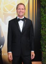 Emmy Awards 2015 red carpet (54)_560107ee2b966.jpg