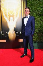 Emmy Awards 2015 red carpet (73)_560108274c9d4.jpg