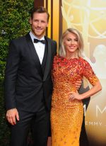 Emmy Awards 2015 red carpet (74)_56010829d7ad6.jpg