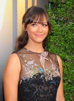 Emmy Awards 2015 red carpet (80)_560108a81630e.jpg