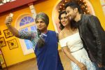 Kunal Khemu, Zoa Morani with Bhaag Johnny Cast visited the set of Life OK_s Comedy Classes on 21st Sept 2015 (1)_56012659b44b4.jpg