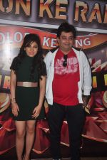 Tulsi Kumar at Suron Ke Rang Colors Ke Sang in Mumbai on 21st Sept 2015 (22)_5601215954eda.JPG