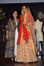 at Blenders Pride tour preview in Mumbai on 21st Sept 2015 (33)_560108ca7dd3d.JPG