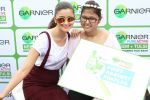 Alia Bhatt with her fan atop Garnier Bandwagon_56024c032f40f.JPG