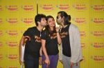 Anushka Ranjan, Diganth Manchale and Karan Grover promote Wedding Pullav at Radio Mirchi studio on 23rd Sept 2015 (7)_5602b336b7289.JPG