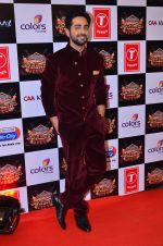 Ayushman Khurana at Gulshan Kumar Tribute in Filmcity on 22nd Sept 2015 (144)_5602a8f14b69e.JPG