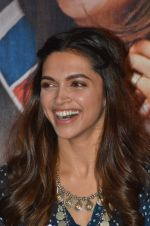 Deepika Padukone at Tamasha trailor launch in Mumbai on 22nd Sept 2015 (83)_5602a7315cd8e.JPG