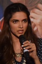 Deepika Padukone at Tamasha trailor launch in Mumbai on 22nd Sept 2015 (87)_5602a6d4789cd.JPG