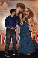 Deepika Padukone, Ranbir Kapoor at Tamasha trailor launch in Mumbai on 22nd Sept 2015 (109)_5602a76866216.JPG