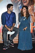 Deepika Padukone, Ranbir Kapoor at Tamasha trailor launch in Mumbai on 22nd Sept 2015 (70)_5602a758d6776.JPG