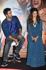 Deepika Padukone, Ranbir Kapoor at Tamasha trailor launch in Mumbai on 22nd Sept 2015 (75)_5602a759c72b1.JPG
