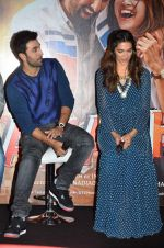 Deepika Padukone, Ranbir Kapoor at Tamasha trailor launch in Mumbai on 22nd Sept 2015 (76)_5602a6e6b06a2.JPG