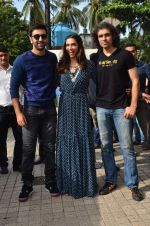 Deepika Padukone, Ranbir Kapoor, Imtiaz Ali at Tamasha trailor launch in Mumbai on 22nd Sept 2015 (25)_5602a6f0c5b86.JPG