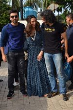 Deepika Padukone, Ranbir Kapoor, Imtiaz Ali at Tamasha trailor launch in Mumbai on 22nd Sept 2015 (34)_5602a7726688f.JPG