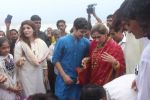 Dimple kapadia and twinkle_s ganpati visarjan on 22nd Sept 2015 (106)_5602613d8872d.JPG
