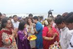Dimple kapadia and twinkle_s ganpati visarjan on 22nd Sept 2015 (114)_5602614110834.JPG