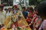 Dimple kapadia and twinkle_s ganpati visarjan on 22nd Sept 2015 (63)_560260ff4a8cc.JPG