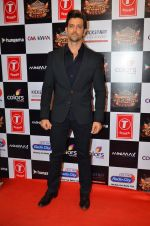 Hrithik Roshan at Gulshan Kumar Tribute in Filmcity on 22nd Sept 2015 (252)_5602aa4b57b2d.JPG