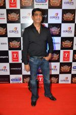 Kishan Kumar at Gulshan Kumar Tribute in Filmcity on 22nd Sept 2015 (3)_5602aab1ab644.JPG