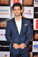 Sooraj Pancholi at Gulshan Kumar Tribute in Filmcity on 22nd Sept 2015 (159)_5602ac11c7da3.JPG