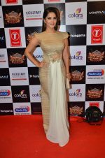 Sunny Leone at Gulshan Kumar Tribute in Filmcity on 22nd Sept 2015 (439)_5602acb26d8ac.JPG