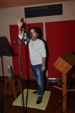 kailash kher photo shoot on 23rd Sept 2015 (15)_5602b6022c333.JPG