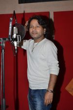 kailash kher photo shoot on 23rd Sept 2015 (5)_5602b5f6a5570.JPG