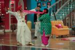 Akshay Kumar, Amy Jackson promote Singh Is Bling cast on Comedy Nights With Kapil on 24th Sept 2015