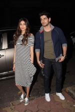 Athiya Shetty, sooraj Pancholi at yasmin karachiwala_s Book Launch on 24th Sept 2015 (9)_5605328236478.JPG