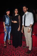Kunal Khemu, Zoa Morani at Bhaag jhonny premiere on 24th Sept 2015 (52)_5605341a6e9cc.JPG