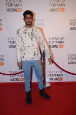 Prateik babbar at Top Shop Red Carpet on 24th Sept 2015