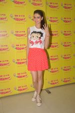 Simran Kaur Mundi at Radio Mirchi on 24th Sept 2015 (6)_560540d83ac11.JPG