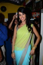 Mallika Sherawat at Ranjeet Studios on 25th Sept 2015 (6)_5606b49d7d813.JPG