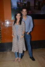 Roshni Chopra, Rahul Mahajan at Kis Kis ko Pyar Karoon screening in Mumbai on 25th Sept 2015 (24)_5606b5c812183.JPG
