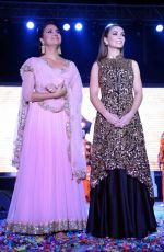 Lara Dutta, Amy Jackson at Singh is Bling promotions in Delhi on 27th Sept 2015