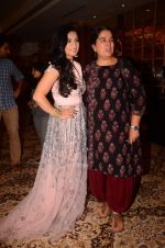 Reena Dutta, Sonal Jindal at Sonal Jindal_s Medusa exhibition in St Regis on 26th Sept 2015 (47)_5608d2f043bc0.JPG