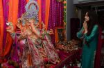 Shweta Pandit at Neil Mukesh_s Ganpati Visarjan on 27th Sept 2015 (35)_5608f09859bdf.JPG