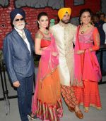 Akshay Kumar, Amy Jackson, Lara Dutta at JJ Valaya Singh in Bling fashion show on 28th Sept  2015