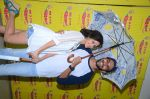 Kartik Aaryan, Omkar Kapoor, Sunny Singh Nijjar, Sonali Sehgall, Nushrat Barucha and Ishita Sharma promote Pyaar Ka Punchnama at Radio Mirchi Studio on 30th Sept 2015 (31)_560bf18aa6849.JPG