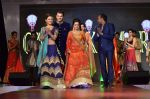 Tina Dutta, Rashmi Desai at Globoil awards in Renaissance Powai on 29th Sept 2015 (82)_560b8f09ada97.JPG