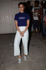 Alia Bhatt snapped at Mehboob studios on 30th Sept 2015