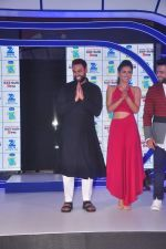 Gauhar Khan at Zee Tv launches its new show I Can Do It with Farhan and Gauhar at Marriott on 30th Sept 2015 (115)_560cebf2b9a24.JPG