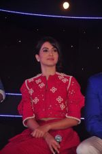 Gauhar Khan at Zee Tv launches its new show I Can Do It with Farhan and Gauhar at Marriott on 30th Sept 2015 (119)_560cebf6d2357.JPG