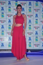 Gauhar Khan at Zee Tv launches its new show I Can Do It with Farhan and Gauhar at Marriott on 30th Sept 2015 (132)_560cec096a8e3.JPG