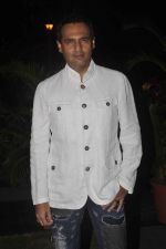 Marc Robinson at Soda Bottle Opener Wala restaurant launch on 1st Oct 2015 (91)_560e69fd79744.JPG