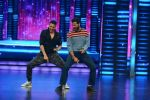 Singh is Bling promotions along with Akshay kumar and Prabhu Deva in Dance +_560e5441a3dee.jpg