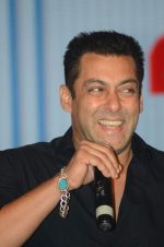 Salman Khan launches Tata Sky fitness channel of Sunil Shetty in J W Marriott on 2nd Oct 2015