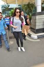 Shraddha Kapoor snapped at the domestic airport on 2nd Oct 2015