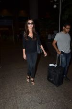 Amy Jackson returns from Dubai on 4th Oct 2015